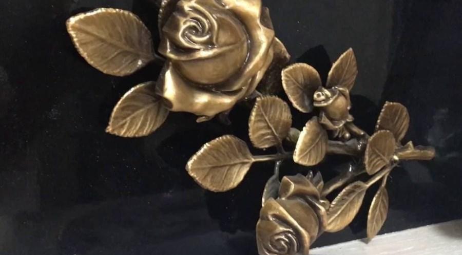 Изделия из бронзы для украшения мемориальных памятников